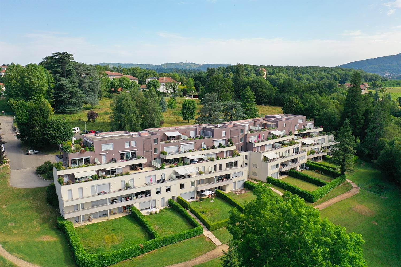 Résidence immobilière à Rives